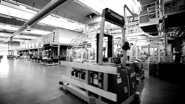 Reparto produzione: navetta automatizzata. Stabilimento di Empoli (FI)
